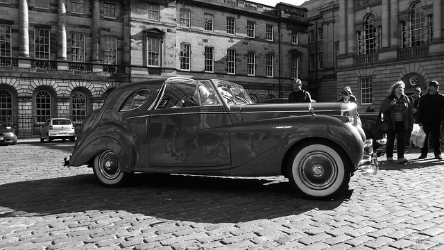 classic Bentley on the Royal Mile 013