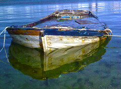 El Grove (Luis Diaz Devesa) Tags: blue sea espaa reflection azul boat mar spain europa barco ship ride paseo galicia galiza reflejo rons pontevedra 1000 ogrove lordelo elgrove mygearandme mygearandmepremium mygearandmebronze mygearandmesilver mygearandmegold mygearandmeplatinum mygearandmediamond dblringexcellence tplringexcellence eltringexcellence luisdiazdevesa rememberthatmomentlevel1