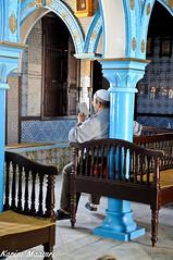 Torah (Desert Night Sky) Tags: northafrica tunisia djerba pray synagogue torah tunisie lecteur afriquedunord prire judasme fidle