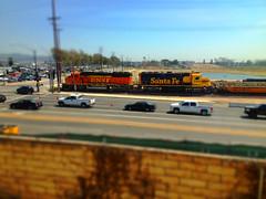 BNSF & Santa Fe (hupspring) Tags: street railroad santafe train diesel engine bluebonnet locomotive southerncalifornia orangecounty placentia bnsf railroadcrossing warbonnet burlingtonnorthernsantafe gp60m gp50 yellowbonnet heritage2 bnsfsanbernardinosub bnsf121 bnsf3189