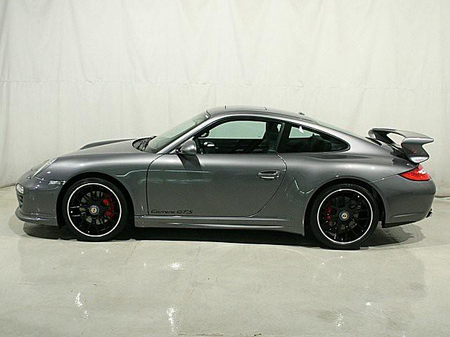 2011 Porsche 911 Gts With Aerokit 400 Miles Only