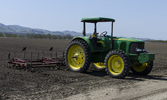 Tractor - California Truck Farming (rschnaible) Tags: california food tractor vegetables nikon day farm farming sunny clear fields produce plow agriculture plowing johndeere salinasvalley d7000