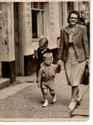 Agnes,George,Jim Frost. 1950