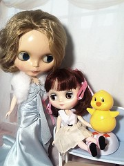 Part 1: Blythe-a-Day May, 2014 Day 8: Rubber Ducky: Angel and Pammy