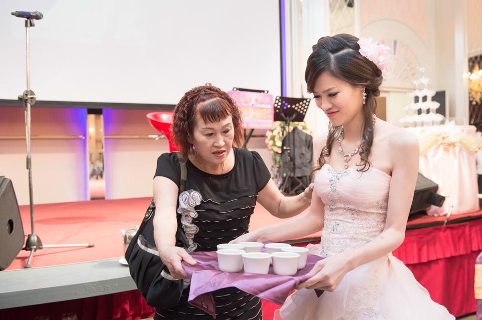 14380004026 fbf02751cc o [台南婚攝] J&T/富霖華平宴會館