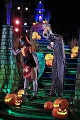 (melanierjangaon) Tags: mickeys halloween party mickeyshalloweenparty frightfullyfunparade jackandsally jack sally nightmarebeforechristmas dlr disneyland