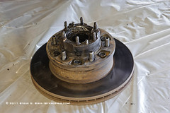 1992 Toyota FJ80 Land Cruiser Front Hub and Rotor Assembly