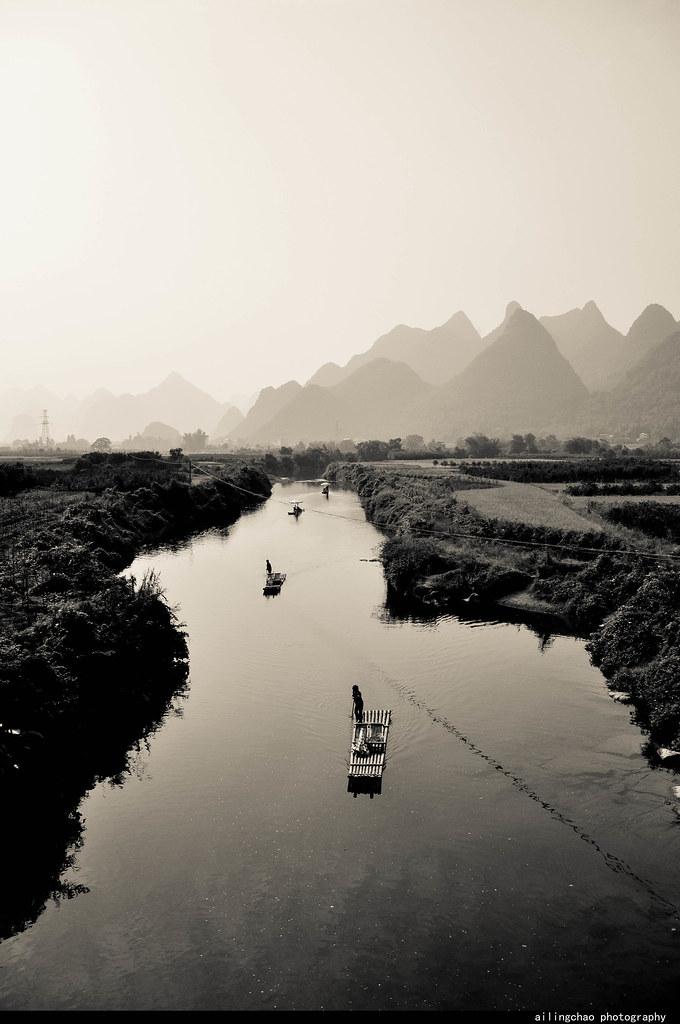 中国桂林。遇龙河漂流