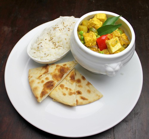 pea and paneer curry (aloo mattar paneer)