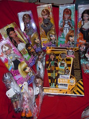 7/2/11 SHOPPING! :D (alexbabs1) Tags: new girls monster shopping toys us high dolls r zodiac diva starz bratz