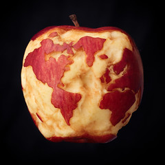 Isaac's Apple (tianxiaozhang) Tags: apple square globe earth flash 100mm gravity physics tribute newton principia eos60d ef10028l