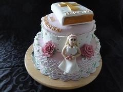 Konfirmationskage (Kageting.dk) Tags: flower cake caketopper modelling kage fondant fdselsdagskage sugarmodelling lorrainemckay