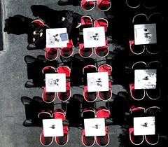 La conversazione (meghimeg) Tags: shadow red sun rot table rojo chair coup