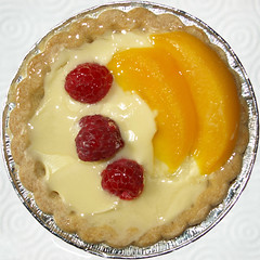 Peach Melba (chrisinplymouth) Tags: food circle peach round raspberry squaredcircle squircle img melba tartlet cw69x chrisinplymouth
