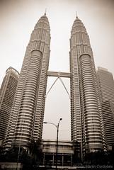 Petronas - Kuala Lumpur (natalitamc) Tags: tower skyline torre monumento petronas malaysia monumentos kualalumpur rascacielos malasia