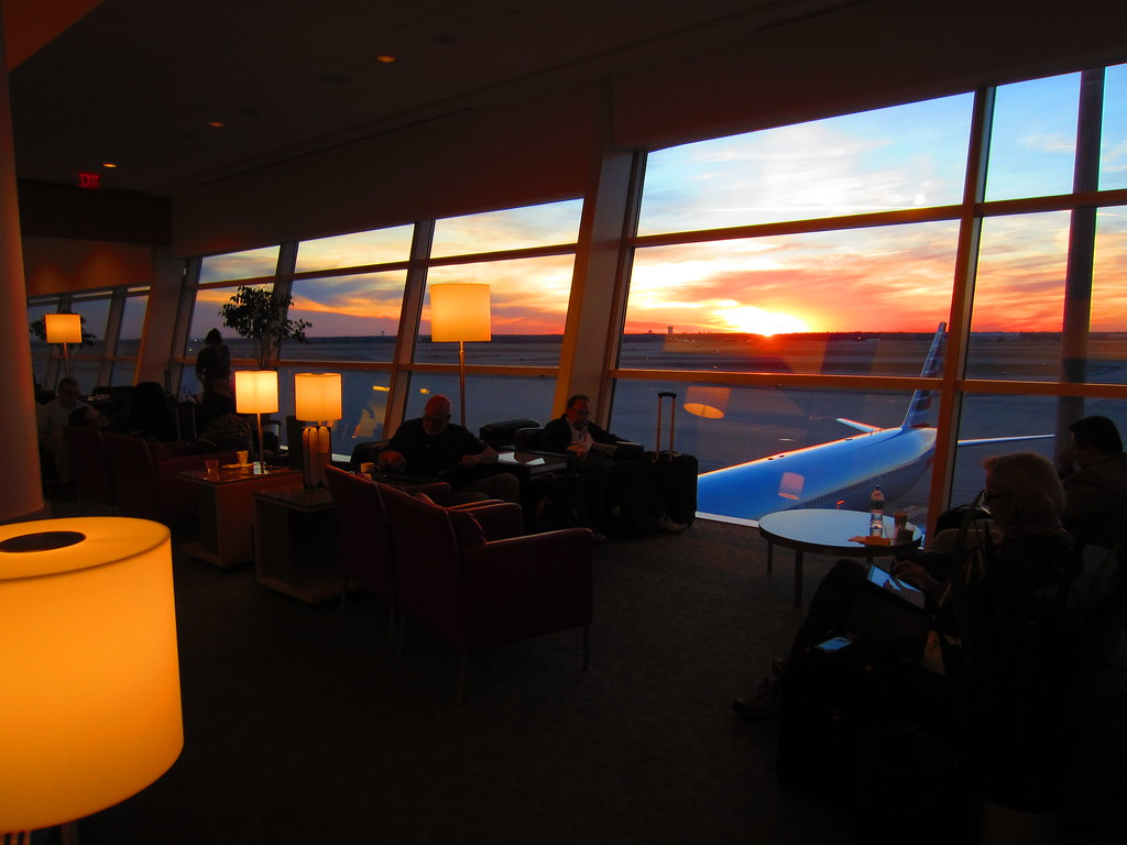The world 39 s best photos by nelo hotsuma flickr hive mind for Best airport lounge program