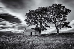 Old Croft House at Lettermore (emperor1959 www.derekbeattieimages.com) Tags: lettermore croft crofthouse abandoned sutherland scotland lochloyal benloyal monochrome blackandwhite scenic landscape trees