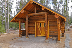 sc1290125newSwampyHut (thom52) Tags: sno park warming hut bendor first snow