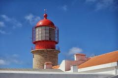 Cape St Vincent Lighthouse (Tom Willett) Tags: algarve portugal rocks cliff beach capestvincent cabosaovincente sagres lighthouse