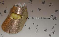 Sapatinhos de papel (Carla Bouzan) Tags: caixinha flôres sapatinhodepapel patchworkembutido