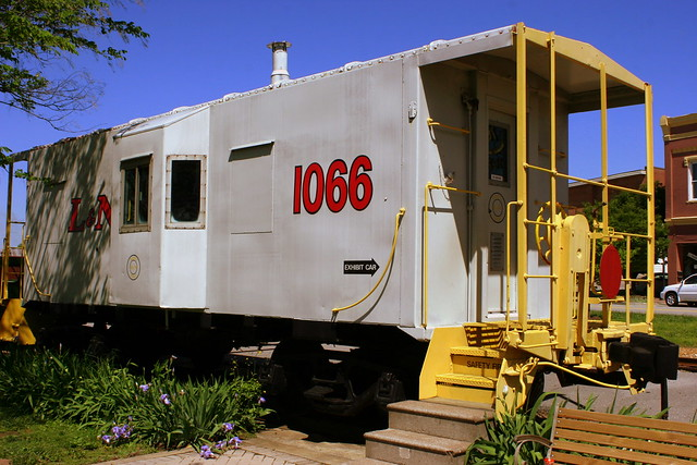 Gray L&N Caboose - Cookeville, TN