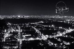 tengo un mapa de  la tierra dibujado en un papel (alterna ) Tags: chile santiago luces noche foto recoleta vista natalia boba fotografia dibujo ilustracion mapamundi elsalto caceres cementerios alterna alternativa 2011 vuela independecia superboba alternaboba caramalitus