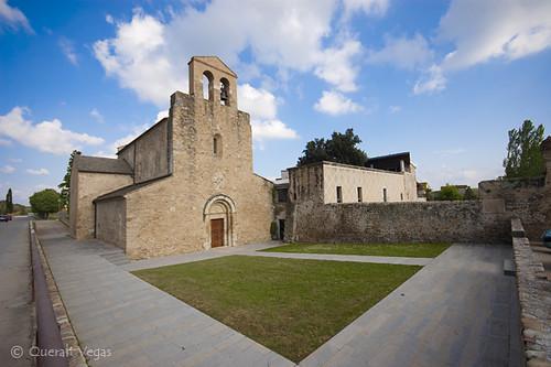 Monestir de Santa Maria de Cervià de Ter by Queralt Vegas