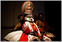 Kathakali Stage Performance (Vidhy_S) Tags: people availablelight performing arts kerala za kathakali sonnart18135