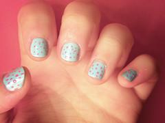 Nails (Miss Sheeran) Tags: azul perfect rosa colores nails rosas uñas azules