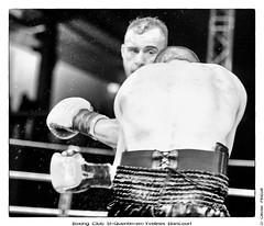 Marvin Petit (BCSQY) contre Akim Mehadji (Haveluy), Demi Finale de la Coupe de France de Boxe, 5 mai 2012 (Olivier PRIEUR) Tags: boxer boxing boxe boxeur elancourt bcsqy marvinpetit akimmehadji boxingclubsaintque