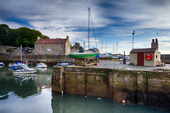 Pandora (RagbagPhotography) Tags: dysart harbour fife kirkcaldy scotland river forth boats water serene reflections shy dramatic hdr bracketed exposures efex pro 2 photomatix blend dawn outlander amazon tv series le havre port