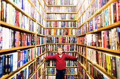 William and the Books (Thomas Hawk) Tags: bookbuyer mountainview william book books fav10 fav25 fav50