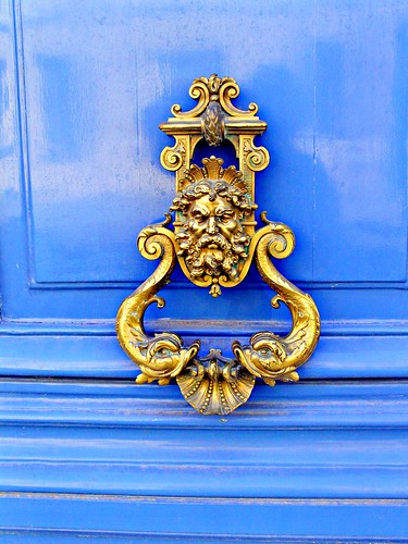 Paris 7e arrondissement, door handle by Julie70