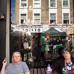 Notting Hill (Che-burashka) Tags: street uk summer people reflection london candid portobelloroad londonist streetmarkets canonef28mmf18usm