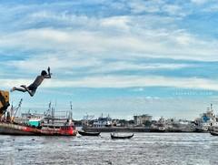 The fearless jump! (Ashrafl) Tags: river skyfall sky water sea ocean boy jump ship fearless outdoor travel inexplore