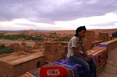 (guido camici) Tags: pentax ngc sigma morocco berber maroc marocco maghreb casbah imazighen nationalgeographic berbers kasbah magreb qasba kasba aitbenhaddou kingdomofmorocco berberi amazigh sigmalenses sigma1770mmf2845dcmacro moroccanstyle berberpeople aitbenhaddoukasbah pentaxsmcpfa80320f4556  southmorocco pentaxsmcda50135mmf28edifsdm moroccotravelphotos guidocamici africaoccidentale stilemarocchino moroccanstylelife moroccotripphotos maroccofotodiviaggio maroccofotografiediviaggio fotodiviaggioinmarocco maroccodelsud pentaxk5d aitbenhaddouqasbah athenhadu