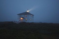 le Verte ( CHRISTIAN ) Tags: qubec bassaintlaurent leverte maison house phare lighthouse nuit night lumire light nature nikon grandangle wideangle