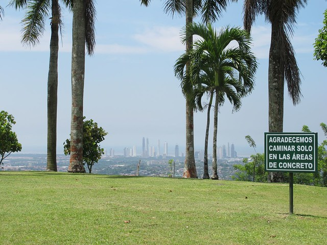 A cidade vista do templo Bahá´i
