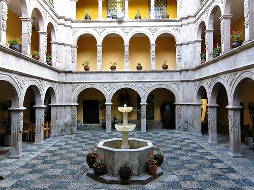 Interior of the Museo Nacional del Arte in the Palacio de los Condes de Arana