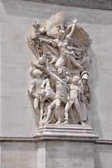 Arc de Triumph victorious statues