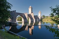 Cahors (@lain G) Tags: jardin lot rivière église cahors fleuve pontdevalentré