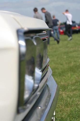 Datsun 2400 Super Six silhouette