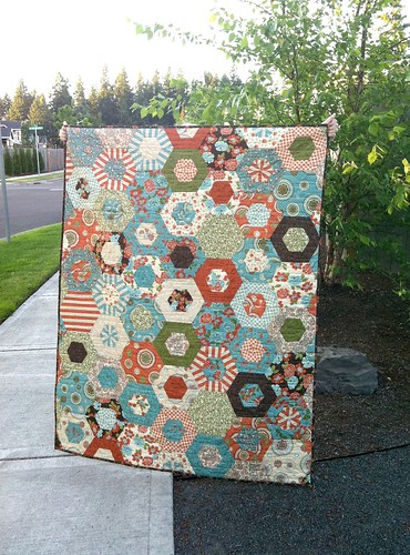5912834761 68991e0cf0 100 Quilts for Kids