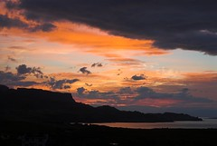 Skye Sunset (Kev Shere) Tags: sunset colour skye clouds isle
