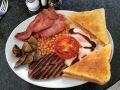 The coffee mill, Teddington, London (misterpulcri) Tags: bacon beans sausage eggs fullenglish
