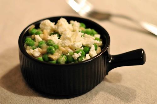 Creamy Garlic Peas
