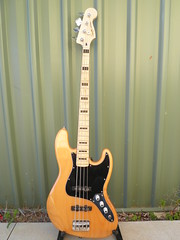 Squier Vintage Modified Jazz Bass (Rush3112) Tags: vintage natural bass jazz finish modified tal squier wilkenfeld