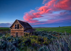 Abandoned House Sunset HDR (Fresnatic) Tags: sunset color clouds rural skies explore pacificnorthwest hdr lightroom wheatfields centralwashington abandonedhouses farmhouses photomatix abandonedfarmhouses canonrebelxsi fresnatic photoshopcs5
