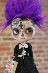 Beauty is in the eye of the beholder!  Bleak, you are very beautiful!!! <333 (blythe stole my heart) Tags: tattoo umbrella skulls purple handpainted bleak blythe clone licca skully cce raggedyann emilythestrange boxbag furwig imreal blythephotos inaweofsandiswork