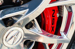 NSX caliper (GmanViz) Tags: gmanviz color car automobile detail nikon d7000 2017 acura nsx wheel brake caliper logo